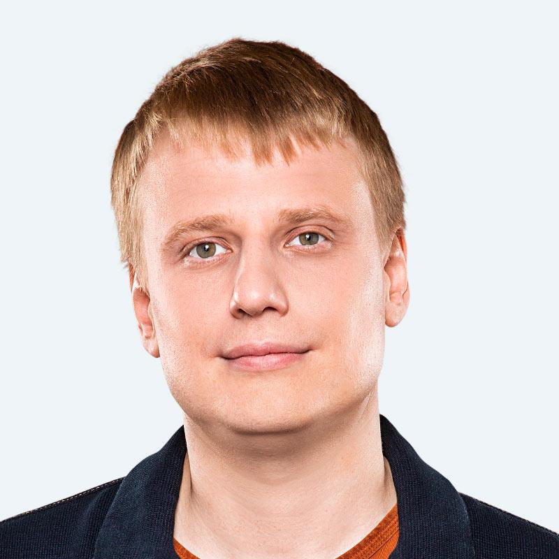 Слава Комисаренко